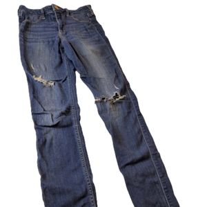 Hollister High Rise Jegging with Holes